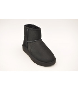 UGG MINI CLASSIC BLACK